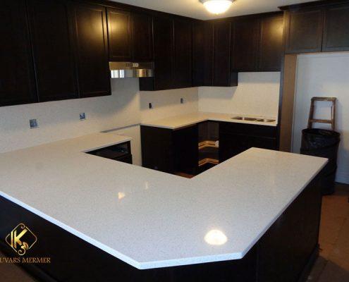 ümraniye beyaz cimstone mutfak tezgahı